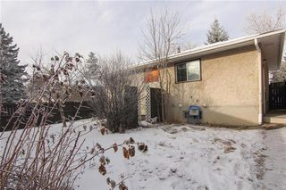 Photo 3: 3244 31A Avenue SE in Calgary: Dover House for sale : MLS®# C4145966