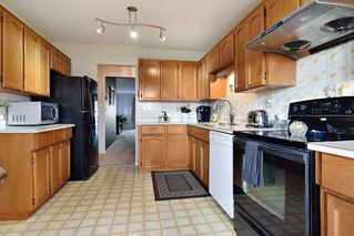 "Photo 6: 30 6467 197 Street in Langley: Willoughby Heights Townhouse for sale in ""Willow Park Estates"" : MLS®# R2225926"