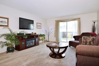 "Photo 3: 30 6467 197 Street in Langley: Willoughby Heights Townhouse for sale in ""Willow Park Estates"" : MLS®# R2225926"