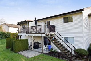 "Photo 12: 30 6467 197 Street in Langley: Willoughby Heights Townhouse for sale in ""Willow Park Estates"" : MLS®# R2225926"