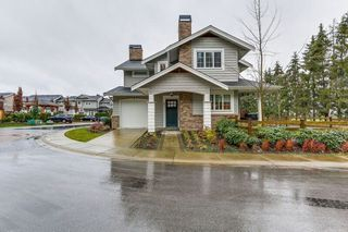 "Photo 1: 81 12161 237 Street in Maple Ridge: East Central Townhouse for sale in ""VILLAGE GREEN"" : MLS®# R2226728"