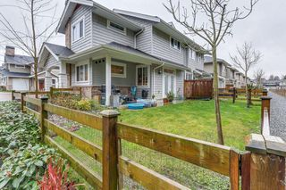 "Photo 19: 81 12161 237 Street in Maple Ridge: East Central Townhouse for sale in ""VILLAGE GREEN"" : MLS®# R2226728"