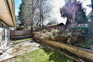 "Photo 19: 28 8888 151 Street in Surrey: Bear Creek Green Timbers Townhouse for sale in ""Carlington"" : MLS®# R2248167"