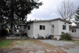 "Photo 1: 2 41639 LOUGHEED Highway in Mission: Dewdney Deroche Manufactured Home for sale in ""Evergreen Estates"" : MLS®# R2248968"