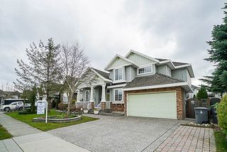 Photo 3: 16660 63A Avenue in Surrey: Cloverdale BC House for sale (Cloverdale)  : MLS®# R2249613
