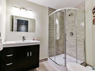 Photo 17: 2461 Felhaber Cres in Oakville: Iroquois Ridge North Freehold for sale : MLS®# W4071981