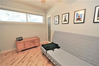 Photo 13: 414 REGAL Park NE in Calgary: Renfrew House for sale : MLS®# C4178136