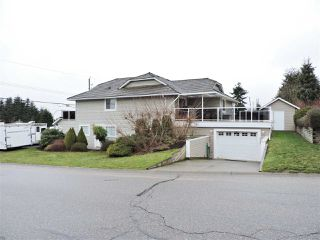 Photo 2: 32879 BEST AVENUE in Mission: Mission BC House for sale : MLS®# R2244058