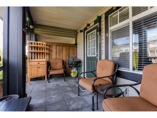 """Photo 3: 53 19448 68 Avenue in Surrey: Clayton Townhouse for sale in """"Nuovo"""" (Cloverdale)  : MLS®# R2260953"""