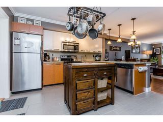 "Photo 4: 53 19448 68 Avenue in Surrey: Clayton Townhouse for sale in ""Nuovo"" (Cloverdale)  : MLS®# R2260953"