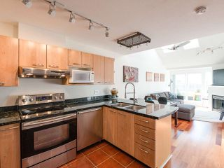 Photo 1: 404 3939 HASTINGS STREET in Burnaby: Vancouver Heights Condo for sale (Burnaby North)  : MLS®# R2261825