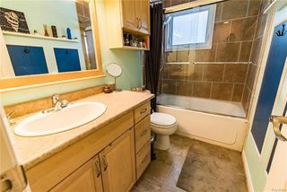 Photo 14: 148 Risbey Crescent in Winnipeg: Crestview Residential for sale (5H)  : MLS®# 1810954