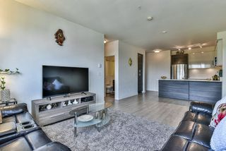 Photo 2: 303 13919 FRASER Highway in Surrey: Whalley Condo for sale (North Surrey)  : MLS®# R2264354