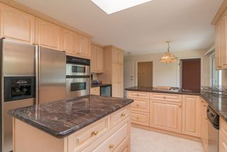 Photo 8: 5438 CANDLEWYCK Wynd in Tsawwassen: Cliff Drive House for sale : MLS®# R2270166