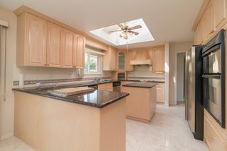 Photo 7: 5438 CANDLEWYCK Wynd in Tsawwassen: Cliff Drive House for sale : MLS®# R2270166