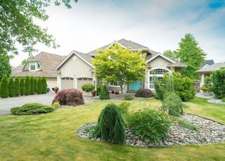 """Photo 1: 21555 47B Avenue in Langley: Murrayville House for sale in """"Macklin Corners"""" : MLS®# R2277996"""