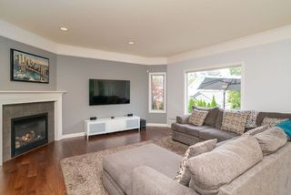 """Photo 4: 21555 47B Avenue in Langley: Murrayville House for sale in """"Macklin Corners"""" : MLS®# R2277996"""