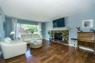 Photo 4: 4999 203A Street in Langley: Langley City House for sale : MLS®# R2286812