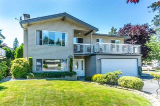 Photo 1: 4999 203A Street in Langley: Langley City House for sale : MLS®# R2286812