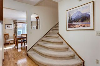 Photo 4: 237 Varsity Estates Mews NW in Calgary: Varsity Detached for sale : MLS®# C4204526