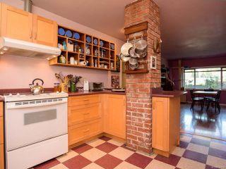 Photo 14: 1751 BEAUFORT Avenue in COMOX: CV Comox (Town of) House for sale (Comox Valley)  : MLS®# 796785