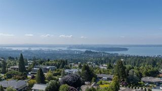 Photo 3: 1132 HILLSIDE Road in West Vancouver: British Properties House for sale : MLS®# R2312232