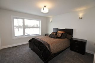 Photo 9: 10330 142 Street NW in Edmonton: Zone 21 House for sale : MLS®# E4139199