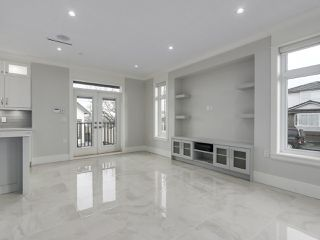 Photo 5: 5498 BRUCE Street in Vancouver: Victoria VE House for sale (Vancouver East)  : MLS®# R2333476