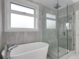 Photo 13: 5498 BRUCE Street in Vancouver: Victoria VE House for sale (Vancouver East)  : MLS®# R2333476
