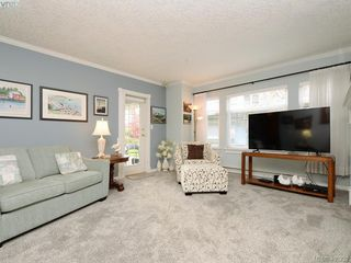 Photo 3: 102 4494 Chatterton Way in VICTORIA: SE Broadmead Condo Apartment for sale (Saanich East)  : MLS®# 405232