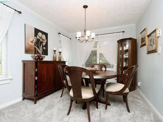 Photo 5: 102 4494 Chatterton Way in VICTORIA: SE Broadmead Condo Apartment for sale (Saanich East)  : MLS®# 405232