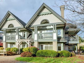 Photo 1: 102 4494 Chatterton Way in VICTORIA: SE Broadmead Condo Apartment for sale (Saanich East)  : MLS®# 405232