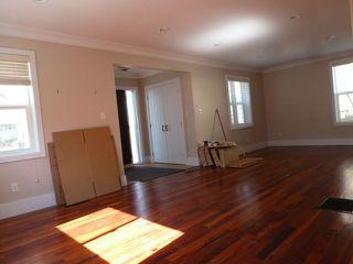 Photo 4: 10737 129 Street in Edmonton: Zone 07 House for sale : MLS®# E4142425
