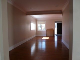 Photo 5: 10737 129 Street in Edmonton: Zone 07 House for sale : MLS®# E4142425