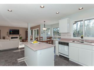 "Photo 11: 10635 CHESTNUT Place in Surrey: Fraser Heights House for sale in ""Glenwood"" (North Surrey)  : MLS®# R2338110"