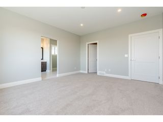 "Photo 7: 39 4295 OLD CLAYBURN Road in Abbotsford: Abbotsford East House for sale in ""Sunspring Estates"" : MLS®# R2344921"