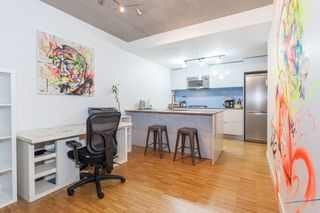 Photo 11: 905 128 W CORDOVA Street in Vancouver: Downtown VW Condo for sale (Vancouver West)  : MLS®# R2345809