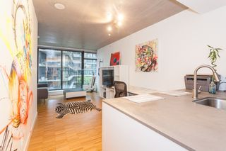 Photo 7: 905 128 W CORDOVA Street in Vancouver: Downtown VW Condo for sale (Vancouver West)  : MLS®# R2345809