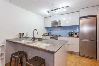Photo 2: 905 128 W CORDOVA Street in Vancouver: Downtown VW Condo for sale (Vancouver West)  : MLS®# R2345809
