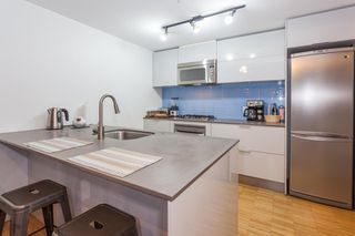 Photo 6: 905 128 W CORDOVA Street in Vancouver: Downtown VW Condo for sale (Vancouver West)  : MLS®# R2345809