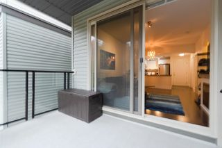 """Photo 13: 301 7418 BYRNEPARK Walk in Burnaby: South Slope Condo for sale in """"Green  - Summer"""" (Burnaby South)  : MLS®# R2346354"""