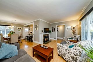 Photo 4: 816 LADNER Street in New Westminster: The Heights NW House for sale : MLS®# R2351670