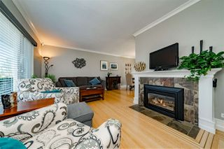 Photo 3: 816 LADNER Street in New Westminster: The Heights NW House for sale : MLS®# R2351670