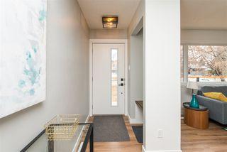 Photo 2:  in Edmonton: Zone 19 House for sale : MLS®# E4148979