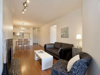 "Photo 5: 307 3638 W BROADWAY Street in Vancouver: Kitsilano Condo for sale in ""CORAL COURT"" (Vancouver West)  : MLS®# R2354211"