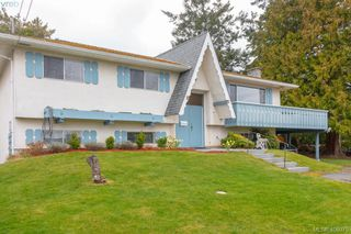 Photo 4: 5074 Cordova Bay Road in VICTORIA: SE Cordova Bay Single Family Detached for sale (Saanich East)  : MLS®# 408075