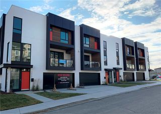 Photo 1: 3620 17 Street SW in Calgary: Altadore Row/Townhouse for sale : MLS®# C4239589