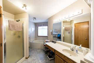 Photo 17: 10415 175 Avenue in Edmonton: Zone 27 House for sale : MLS®# E4158783