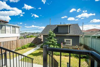 Photo 8: 3226 E 5TH Avenue in Vancouver: Renfrew VE House for sale (Vancouver East)  : MLS®# R2377389