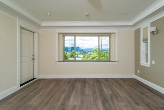 Photo 10: 3226 E 5TH Avenue in Vancouver: Renfrew VE House for sale (Vancouver East)  : MLS®# R2377389